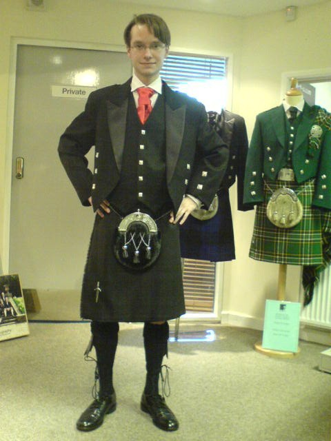 How To Wear A Utility Kilt?